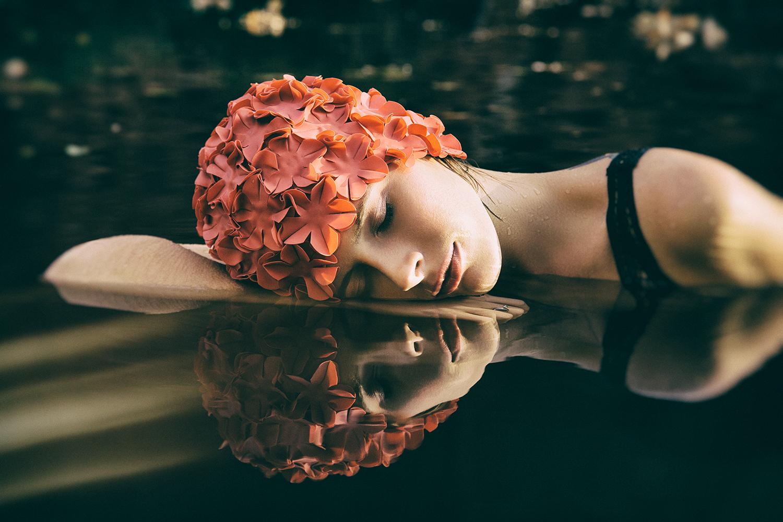 lauren_water