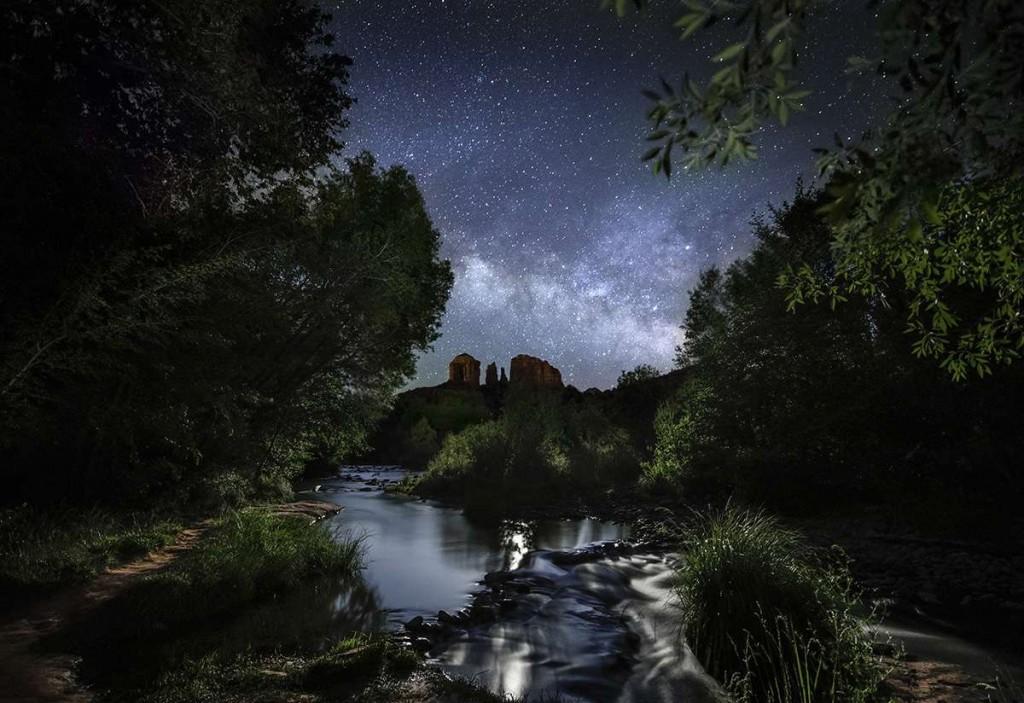 Milky Way and moonlight above Sedona