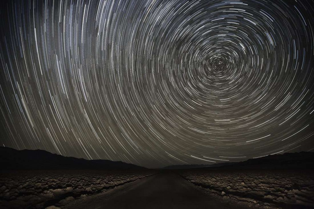 Lightpainting on the Devils Golfcourse in Death Valley
